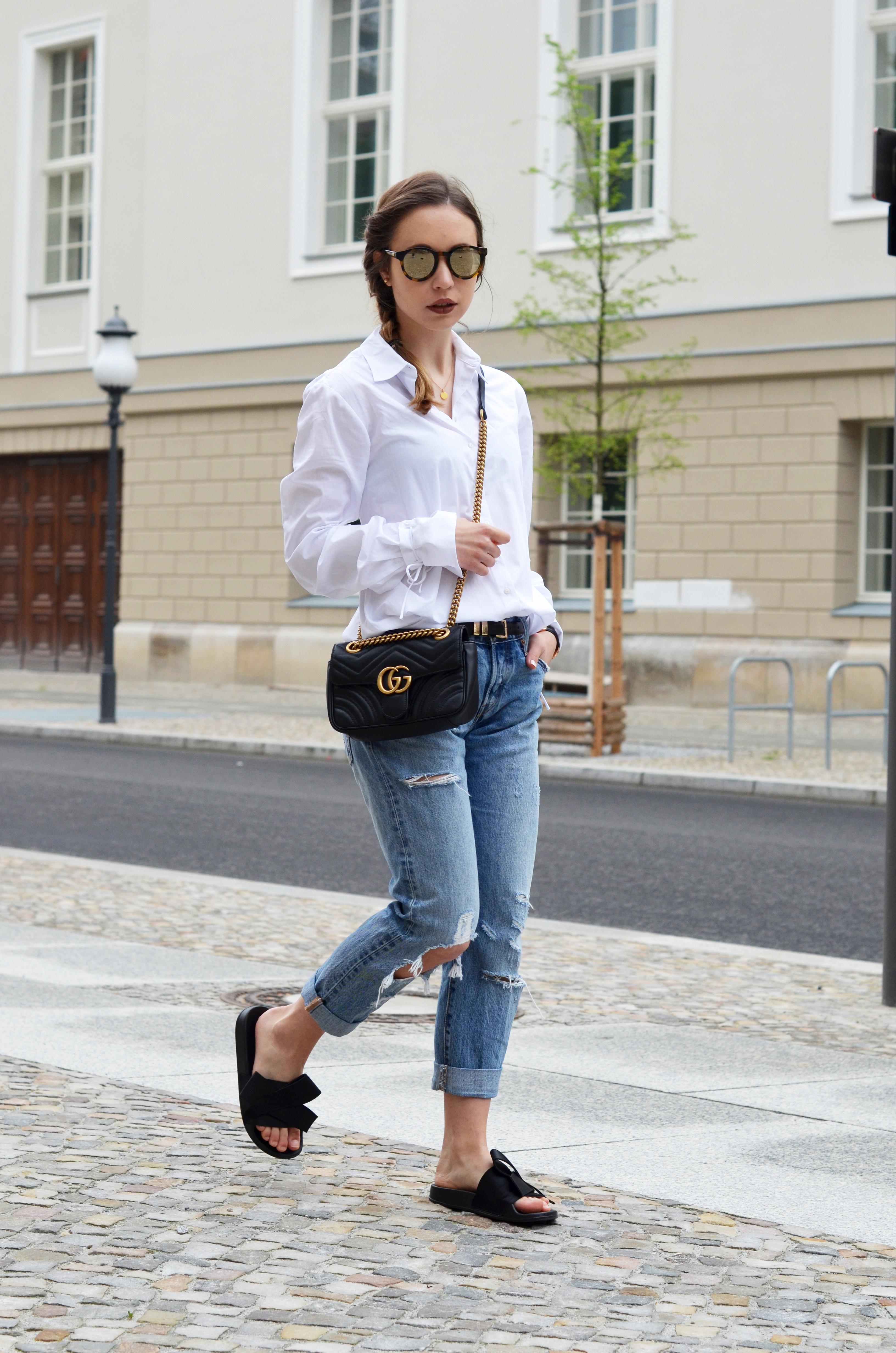 Super Basics kombinieren: Die Klassische weiße Bluse mit einer Boyfriend #MB_31