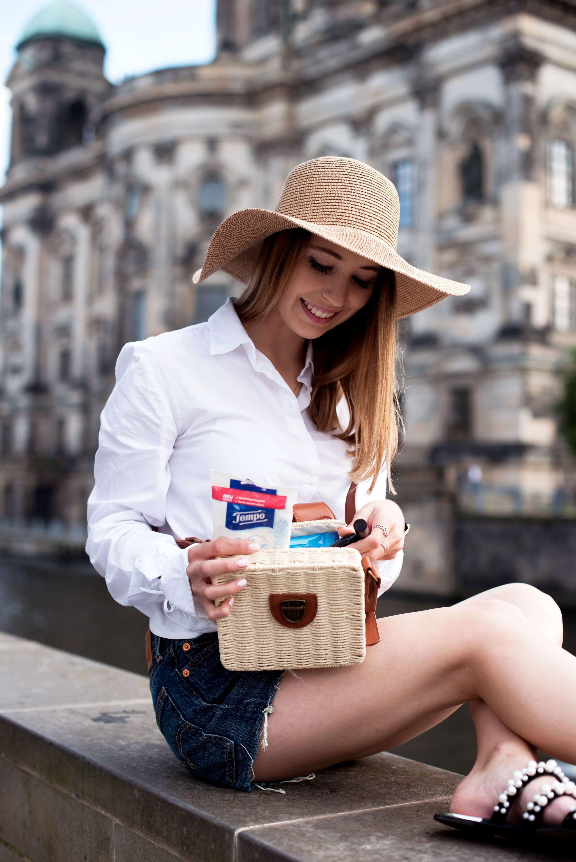What's in my bag - ein Sommertag in der City, Tempo fresh to go Reinigungstücher