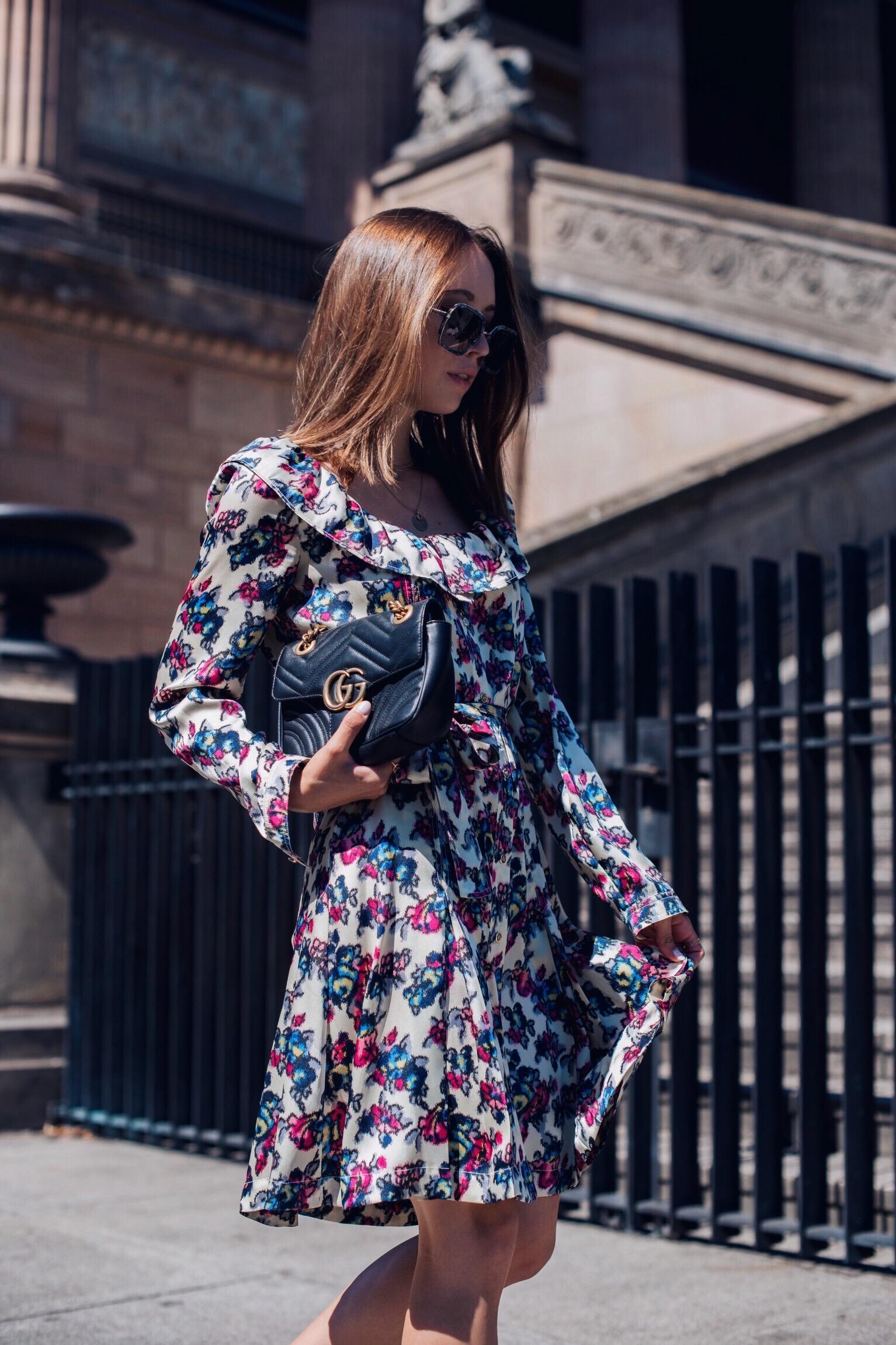 Berlin Fashion Week Look mit Sommerkleid