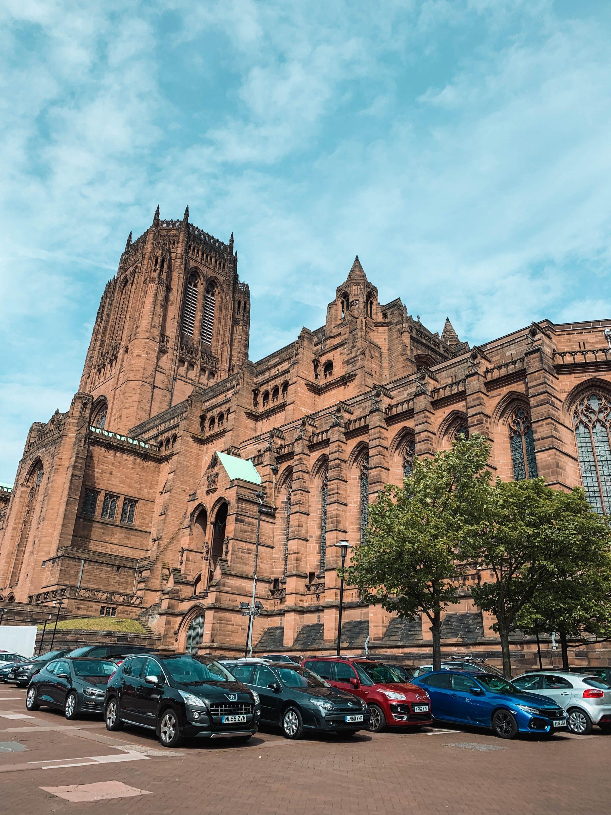 Liverpool Kathedrale, Urlaub in England