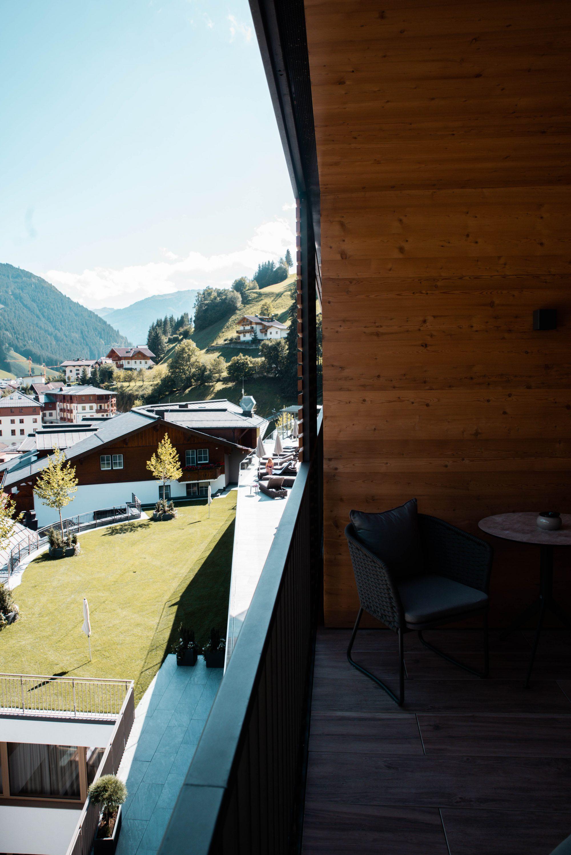 Edelweiß Salzburg Mountain Resort in Großarl, Balkon