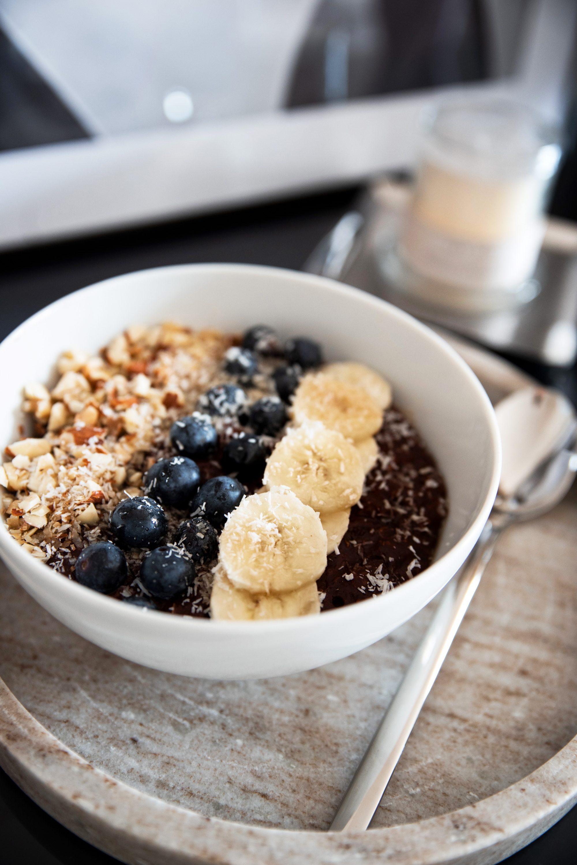 Schoko-Kokos-Porridge als Power Frühstück