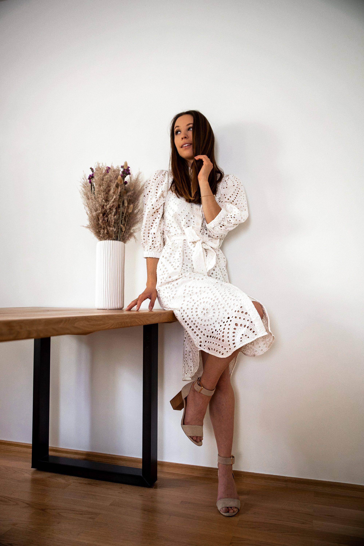 Weiße Kleider für den Frühling und Sommer 2020